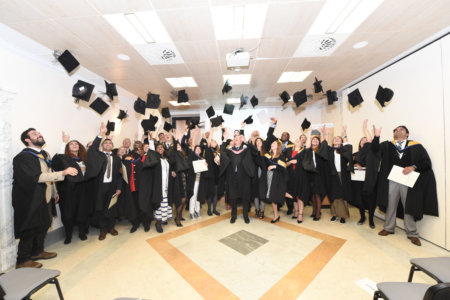 graduation_ceremony_rome_business_school_2015