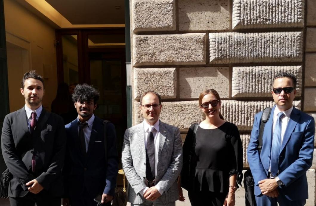 Kinder Garden: Company Visit: RBS Students Visit The Italian Senate And